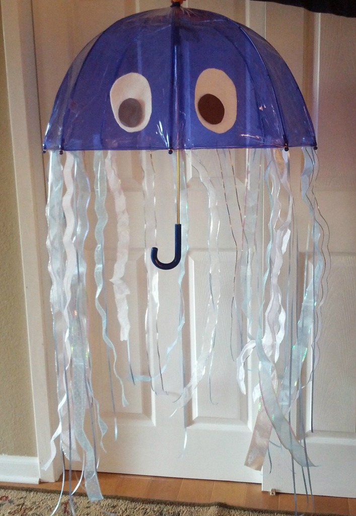 Amazing diy jellyfish costume almost the real thing solutioingenieria Gallery